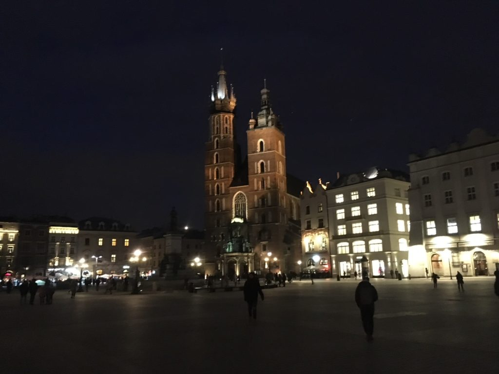 Marienkirche in Krakau by night